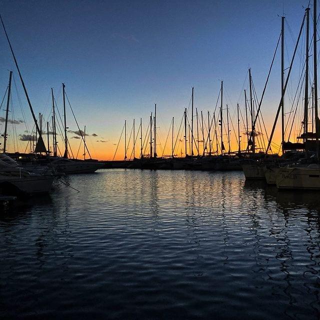 Mallorca Hafen CNA Dämmerung