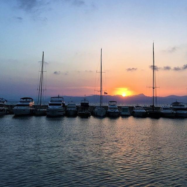 Hafen CNA Mallorca Sonnenuntergang